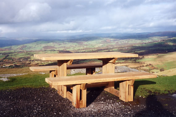 Oak Picnic Tables